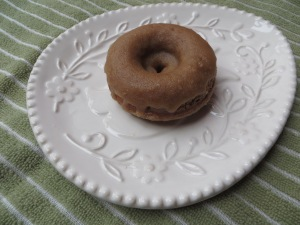 Maple Glazed Donuts (baked!), cookdrinkhike.wordpress.com