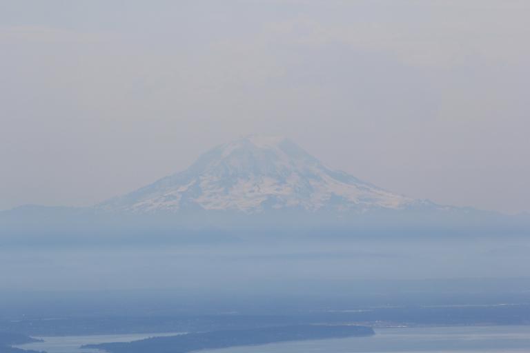 2400 feet in 1.6 miles, cookdrinkhike.wordpress.com