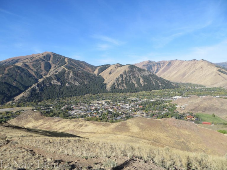Panned out view of Ketchum.