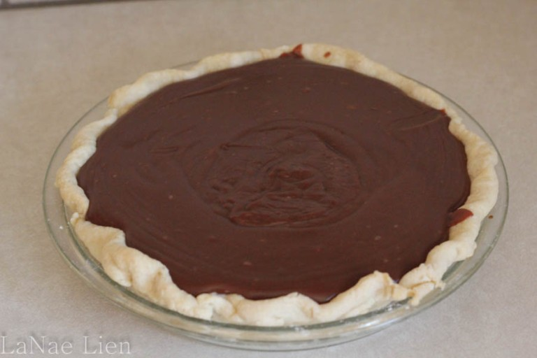 Homely Chocolate Pie, cookdrinkhike.wordpress.com