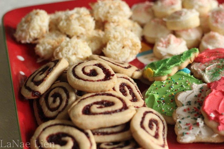 Copious amounts of Christmas Cookies, cookdrinkhike.wordpress.com